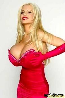 """Саброк - певица, модель журнала """"Playboy"""" и телеведущая одной из передач на аргентинском телевидении"""