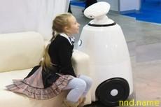 Робот заменил на уроках больного лейкемией школьника