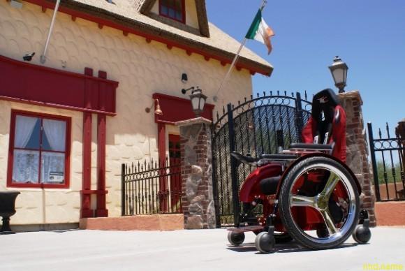 "Speedster Wheelchair - ""Феррари"" в мире электроколясок"