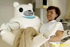 Японский робот-медбрат стал сильнее