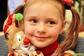 Гомель посетила группа итальянских клоунов-волонтеров, работающих в детских больницах