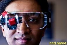 Электроколяска сможет понимать человека по глазам