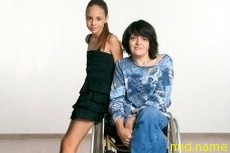 Родить ребенка женщине в инвалидной коляске не так уж страшно
