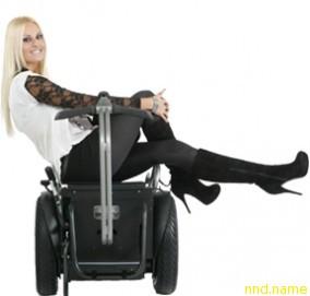 Genny Mobility позволяет людям ездить и смотреть на пейзаж, не беспокоясь о местности, есть мороженое или гулять с вашими любимыми