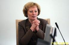 Власти говорят «халва», а у белорусов во рту сладко