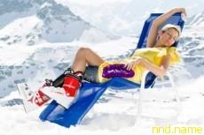 Хизер Миллс в эротической зимней фотосессии