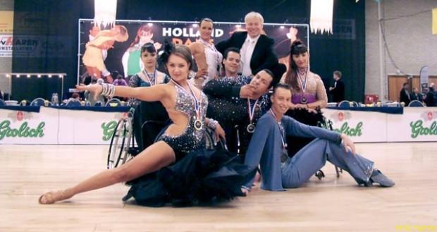 Из Санкт-Петербурга в Нидерланды отправились семь спортсменов клуба «Танец на колесах»