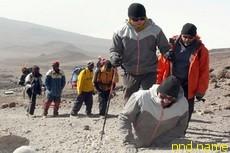 Покоритель Килиманджаро прошел на руках 6 км