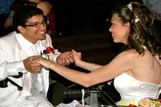 Добрые люди организовали пышную свадьбу