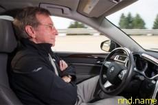 Cadillac работает над полуавтоматическим вождением автомобиля
