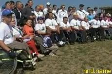150 человек с ограниченными возможностями покорили Карпаты