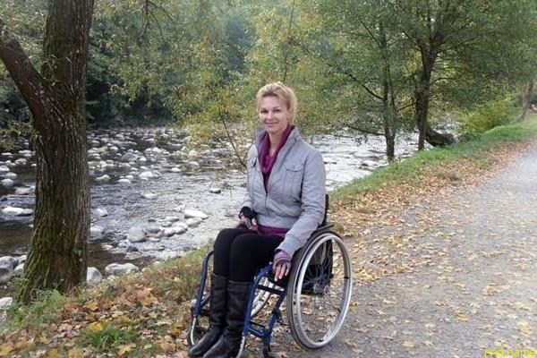Ирина Петровская победительница IV конкурса красоты для девушек в инвалидных колясках «Красота без ограничений-2012»