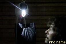 LED лампа, питаемая силой земного притяжения