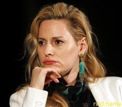 в 2011 Эйми  стала лицом L'Oreal