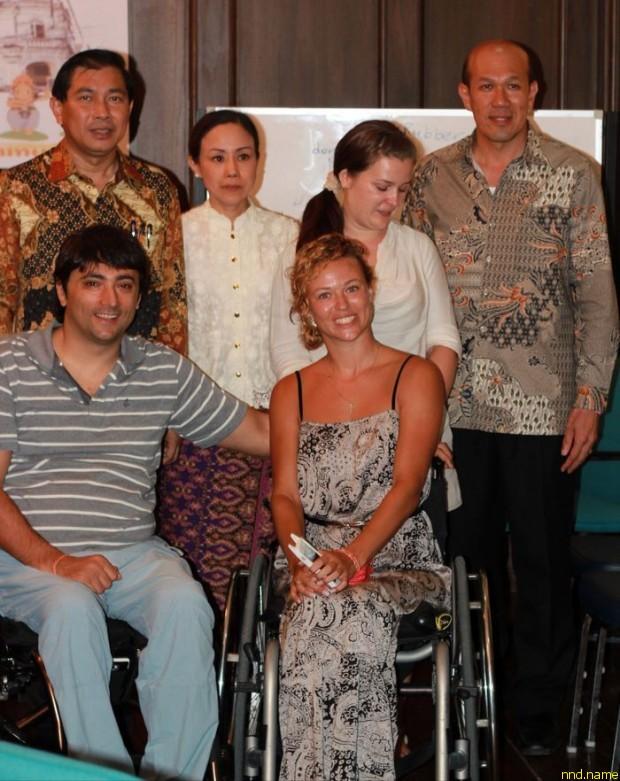 Губернатор Пхукета поддержал инициативу россиян об оборудовании пляжа Най-Харн инфраструктурой для инвалидов-колясочников