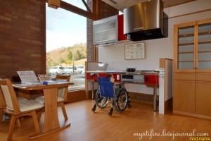 Дом японского пенсионера с ограниченными возможностями