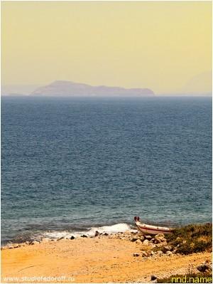 Остров Крит. Киссамос. Вид на море.