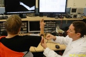 В Швеции испытан первый протез руки с электродами, вживленными в нервные волокна