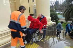 Паралимпийцы в Сочи: Перемещаться по городу сложно и очень опасно