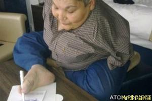 Художнику-инвалиду из Казахстана не дали британской визы