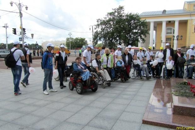 Мини-марафон инвалидов-колясочников «За независимый образ жизни» 2013