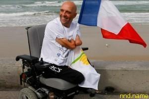 У француза Филиппа Круазона украли электроколяску