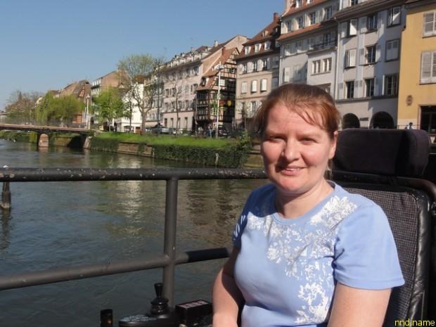 Нелли Далингер: Если бы не машина и права, не видать бы мне Страсбург как собственных ушей :)