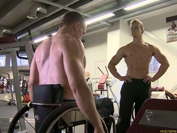 Спортсмены на колясках покоряют спортзалы