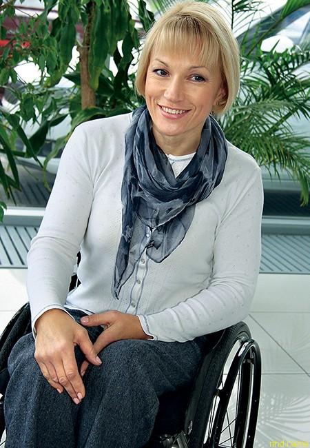 Светлана Трифонова - телеведущая, чемпионка мира по лыжным  гонкам и биатлону, призер шести Паралимпийских игр