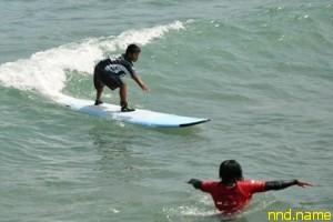 Мальчик-инвалид выиграл престижную премию по сёрфингу