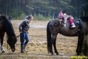 25-летняя белоруска себе в убыток занимается иппотерапией с детьми