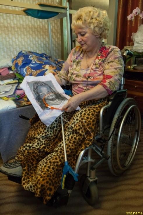 Галина Яковлевна сможет не только добираться до поликлиники, но и посещать храм, просто гулять в палисаднике возле дома