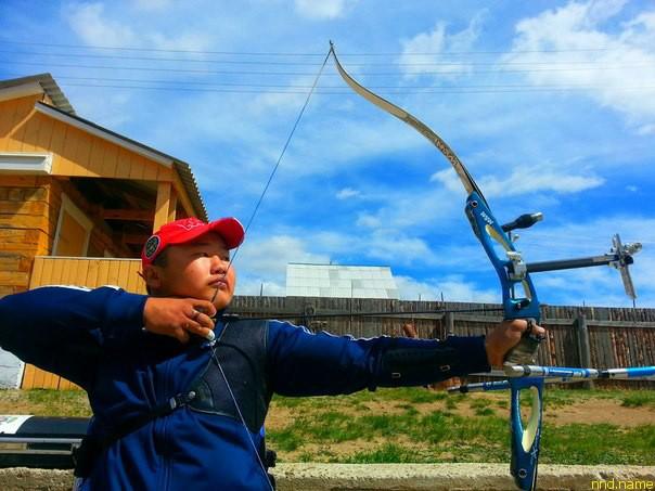 Бато Цыдендоржиев стал чемпионом по стрельбе из лука
