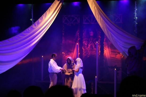 «Ромео и Джульетта» на жестовом языке