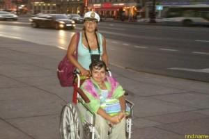 Юлия с двух лет коляске, но она нашла любимого