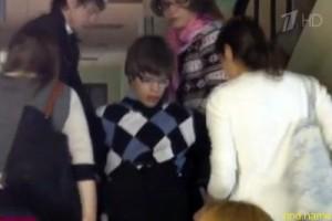В МГЛУ студента-инвалида на лекции носили сокурсницы