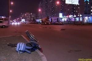 Машина сбила колясочника в Москве