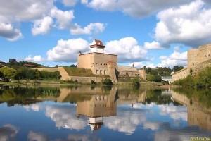 Эстония - нарвские депутаты вернули опекуну инвалида 26 евро