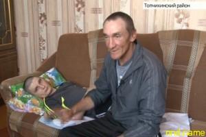 Дмитрию Воронину - подарили коляску