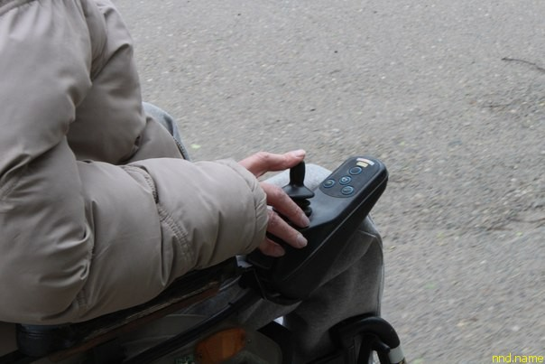 За закрытыми дверями: как жить в городе, если ты в инвалидной коляске