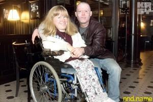Муж-американец все время спрашивает: ты одна в Беларуси на инвалидной коляске?