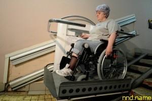 """Путин """"за"""" оборудование многоэтажек для инвалидов"""