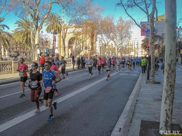 Барселона ежегодно собирает любителей бега