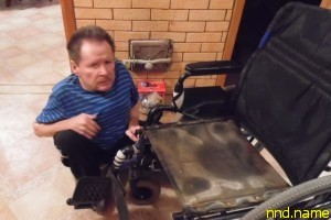 От безысходности сделал видеообзор сгнившей коляски