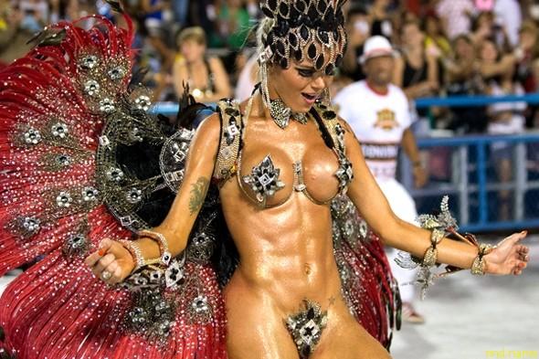 Рио-де-Жанейро феерия жизни, красок, секса, танцев