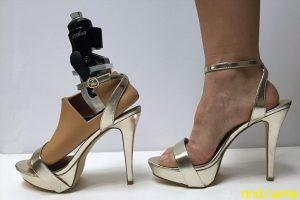 Создали протез, позволяющий носить обувь на каблуках