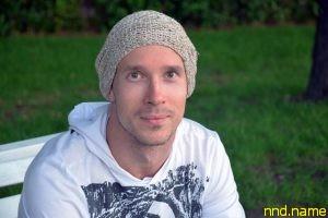 Максим Поярков — о том, как встать, пойти и найти себя