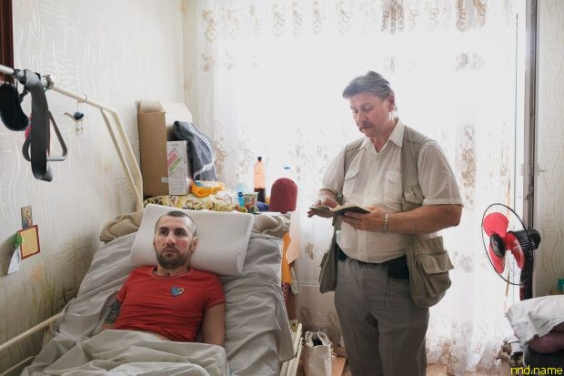 «Белорусский Хокинг» научил парня управлять компьютером без рук
