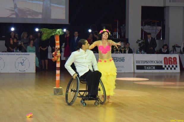 Петербург оказывает поддержку колясочникам