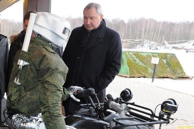 Роскосмос показал российского андроида-аватара «Фёдор»